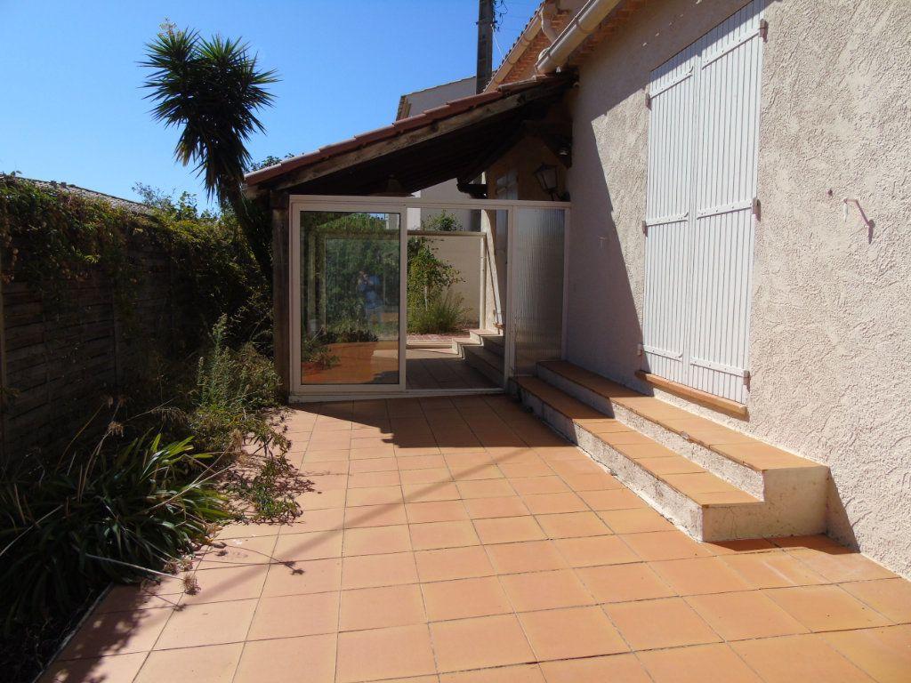 Maison à vendre 3 75m2 à La Seyne-sur-Mer vignette-3
