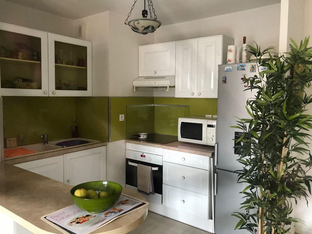 Appartement à vendre 2 39m2 à La Seyne-sur-Mer vignette-10
