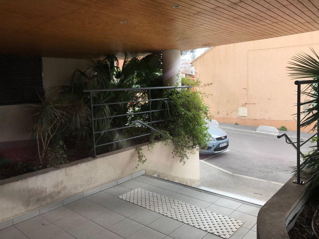 Appartement à vendre 2 39m2 à La Seyne-sur-Mer vignette-13