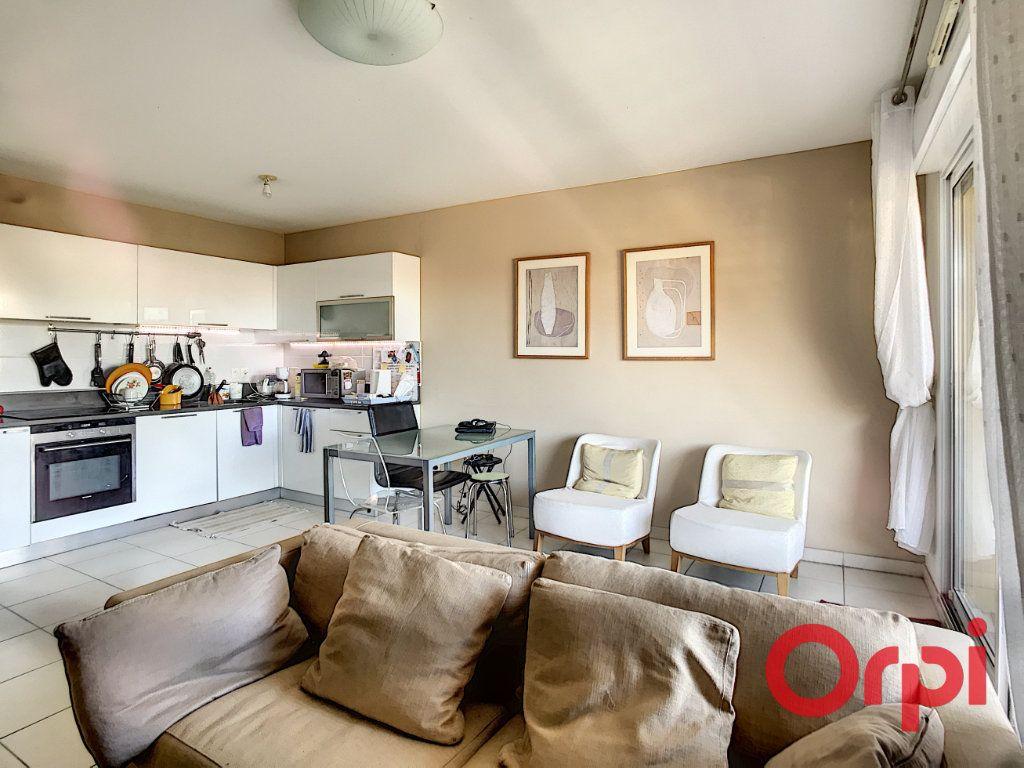 Appartement à vendre 3 61.92m2 à La Seyne-sur-Mer vignette-2