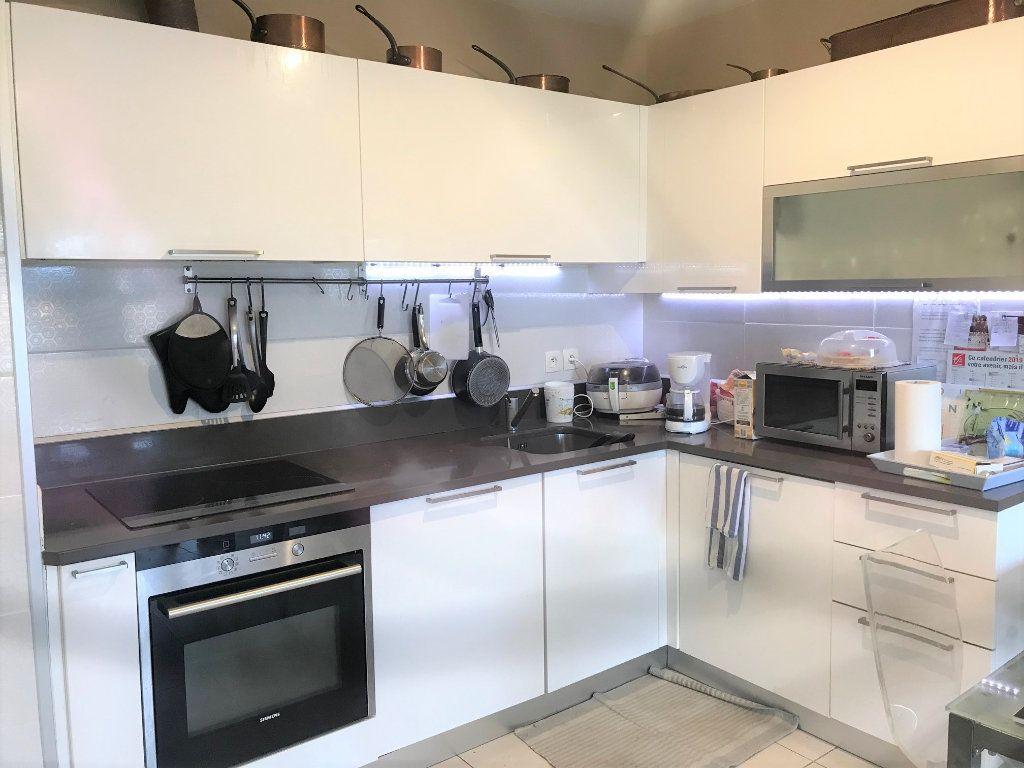 Appartement à vendre 3 61.92m2 à La Seyne-sur-Mer vignette-6