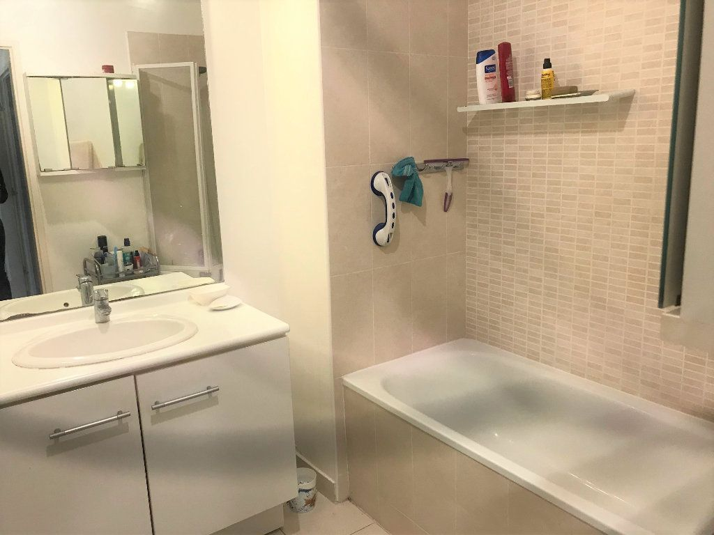 Appartement à vendre 3 61.92m2 à La Seyne-sur-Mer vignette-10