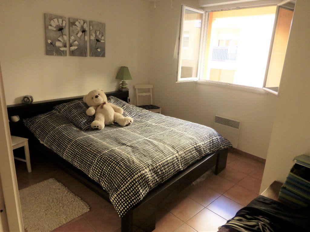 Appartement à vendre 3 62.87m2 à La Seyne-sur-Mer vignette-7