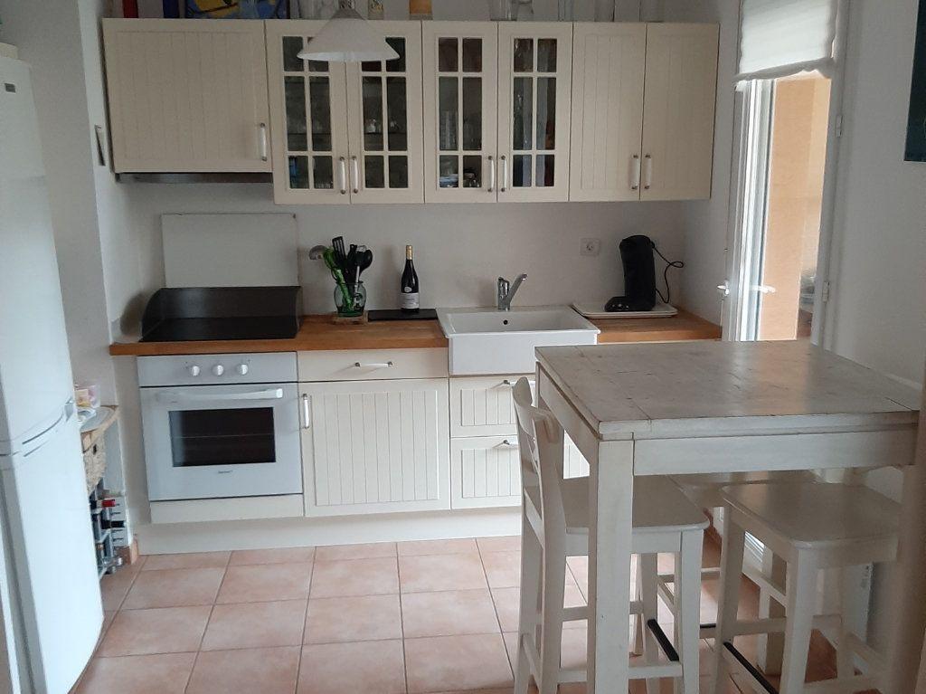 Appartement à vendre 3 62.87m2 à La Seyne-sur-Mer vignette-9