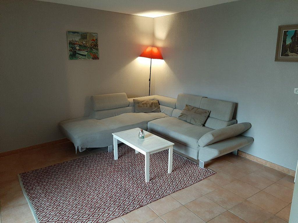 Appartement à vendre 3 62.87m2 à La Seyne-sur-Mer vignette-10