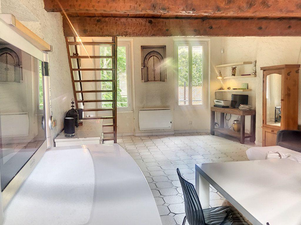 Appartement à vendre 2 50.82m2 à La Seyne-sur-Mer vignette-4