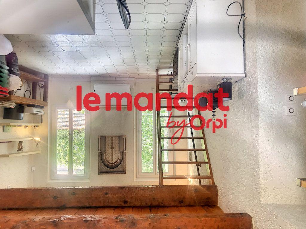 Appartement à vendre 2 50.82m2 à La Seyne-sur-Mer vignette-12