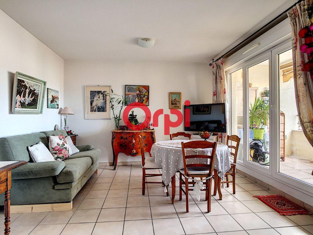 Appartement à vendre 2 40.4m2 à La Seyne-sur-Mer vignette-2