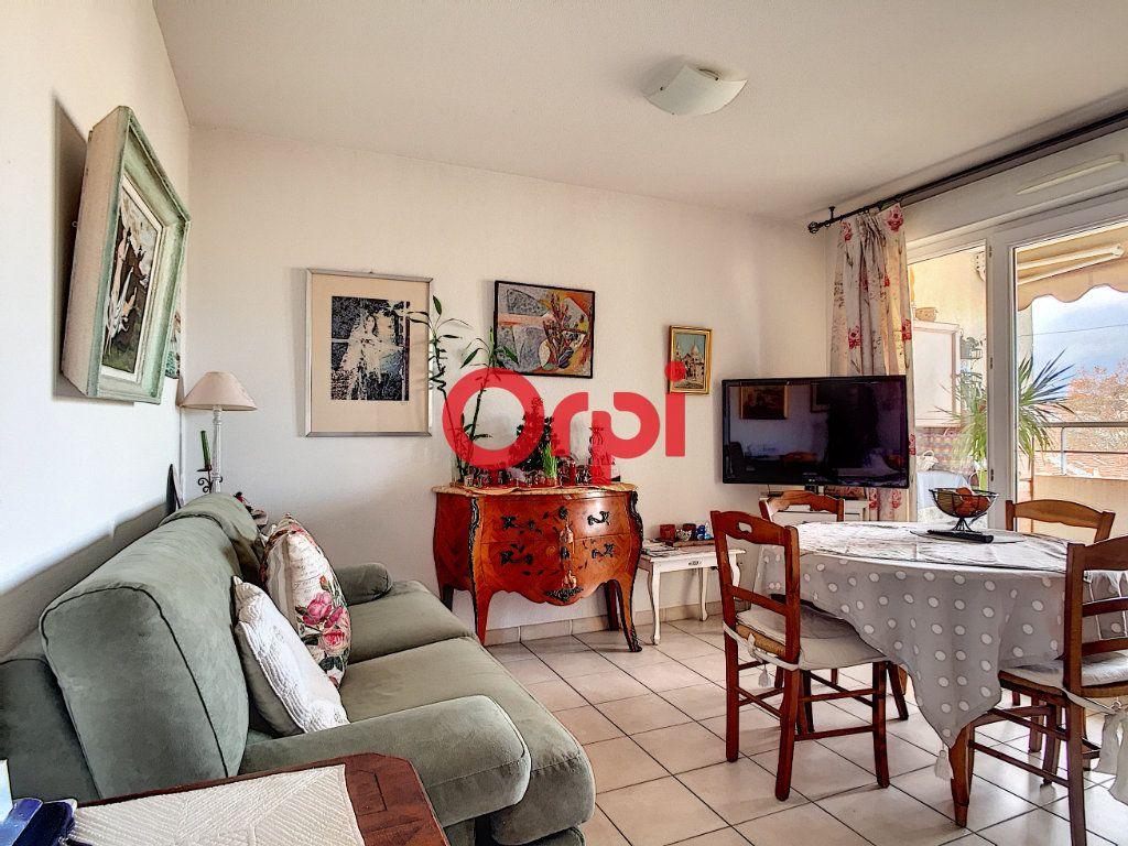 Appartement à vendre 2 40.4m2 à La Seyne-sur-Mer vignette-5