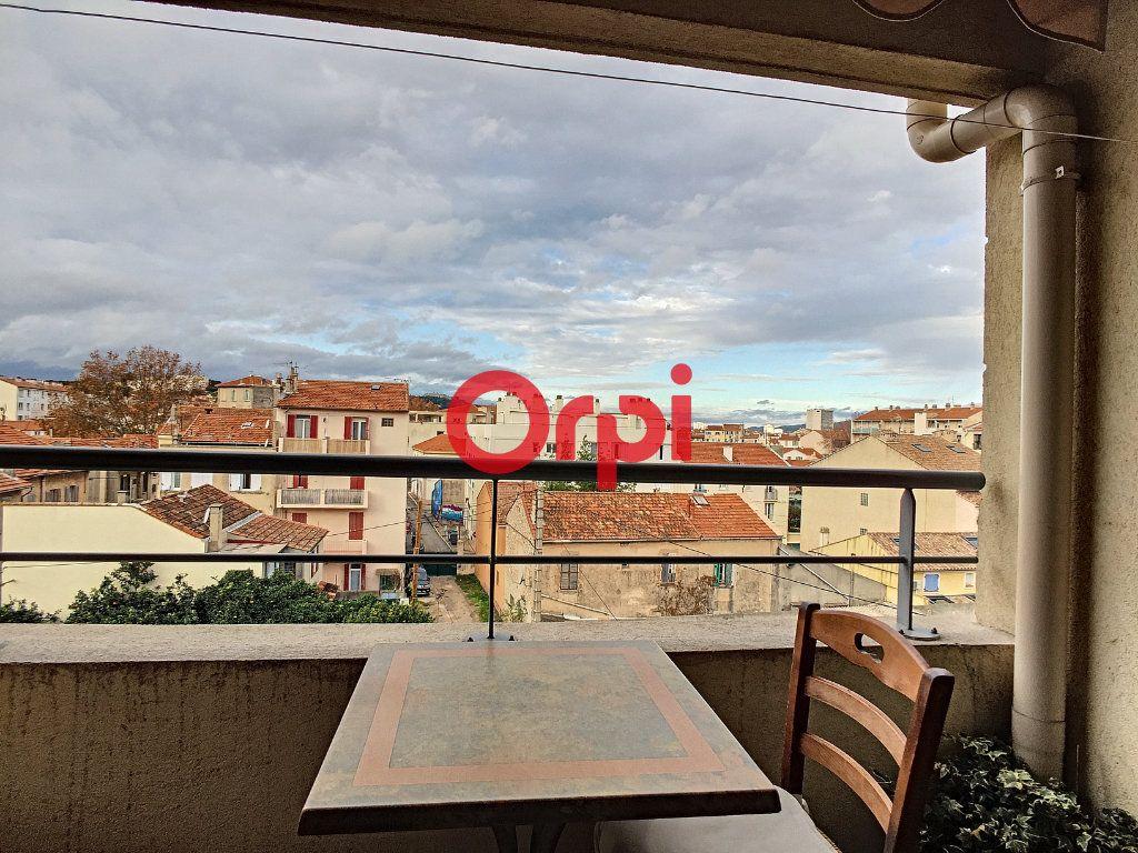 Appartement à vendre 2 40.4m2 à La Seyne-sur-Mer vignette-7
