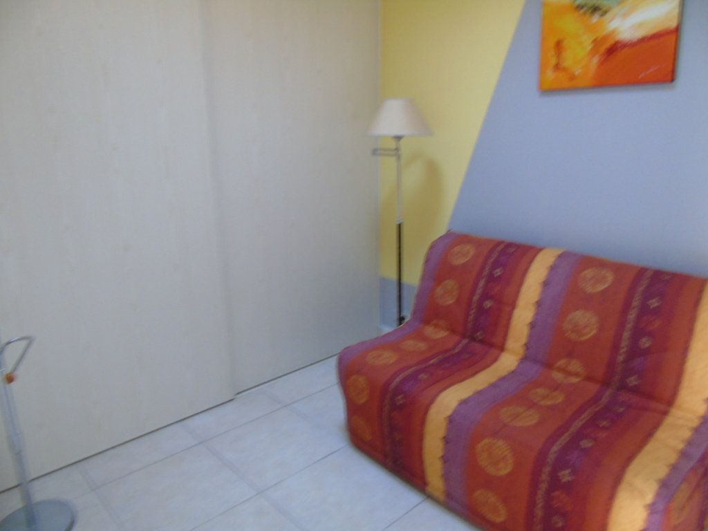 Appartement à vendre 3 60m2 à Six-Fours-les-Plages vignette-10