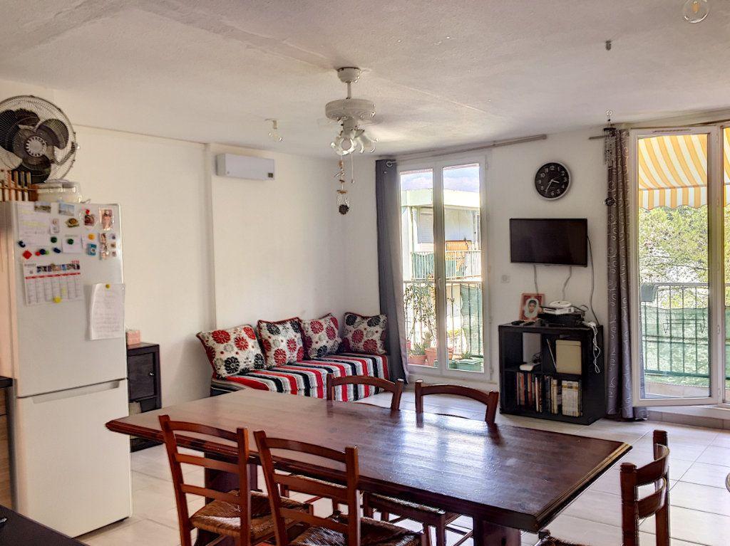 Appartement à vendre 4 79.79m2 à La Seyne-sur-Mer vignette-3