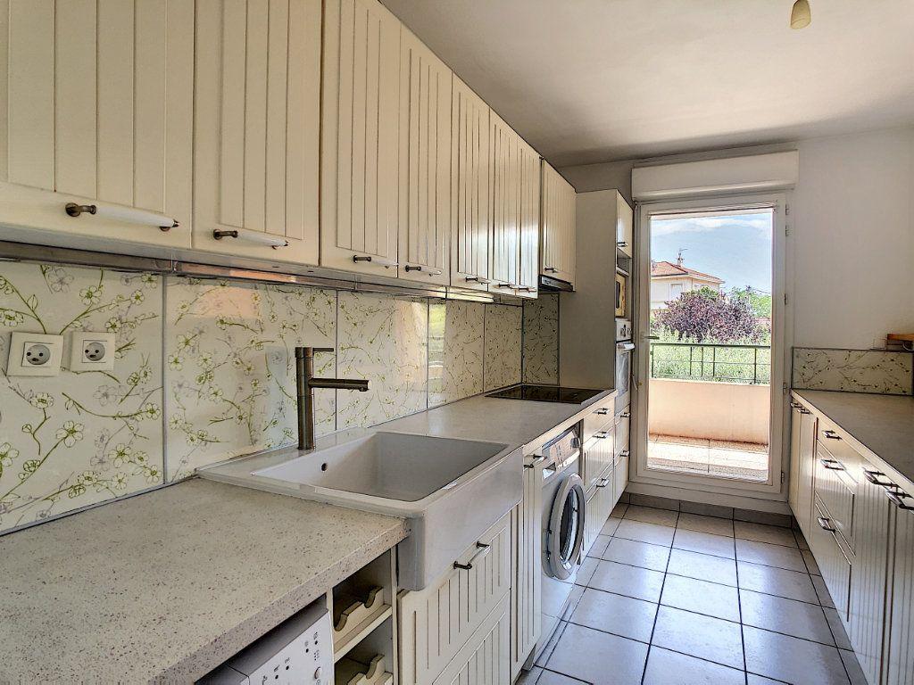 Appartement à vendre 3 63.5m2 à La Seyne-sur-Mer vignette-5