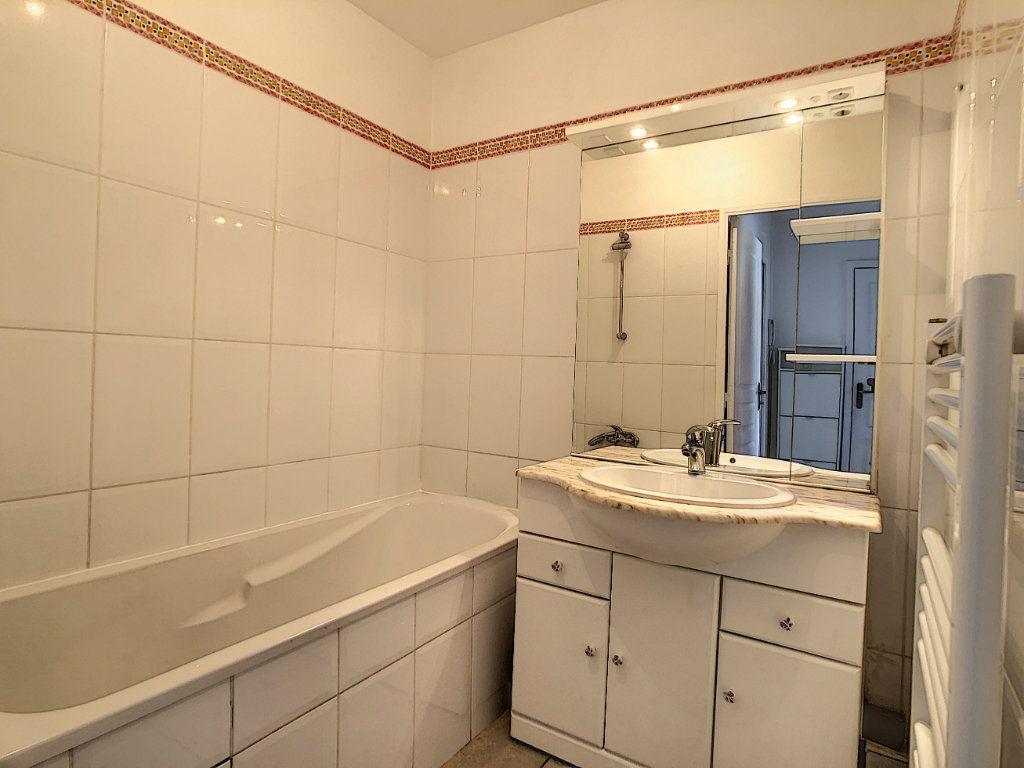 Appartement à vendre 3 63.5m2 à La Seyne-sur-Mer vignette-7