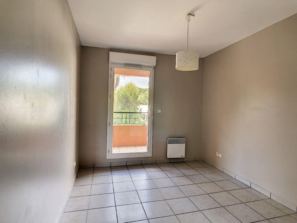 Appartement à vendre 3 63.5m2 à La Seyne-sur-Mer vignette-8