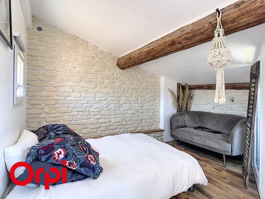 Maison à vendre 5 120m2 à Le Beausset vignette-10