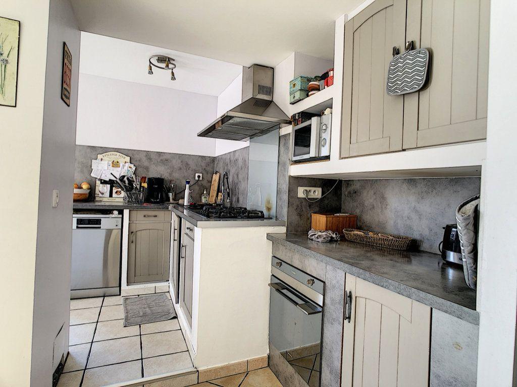 Maison à vendre 4 83m2 à La Seyne-sur-Mer vignette-5