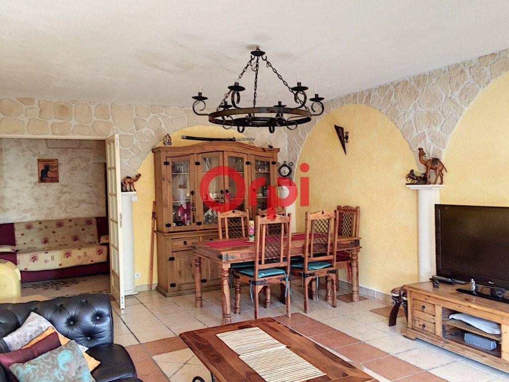 Appartement à vendre 2 72.2m2 à La Seyne-sur-Mer vignette-2