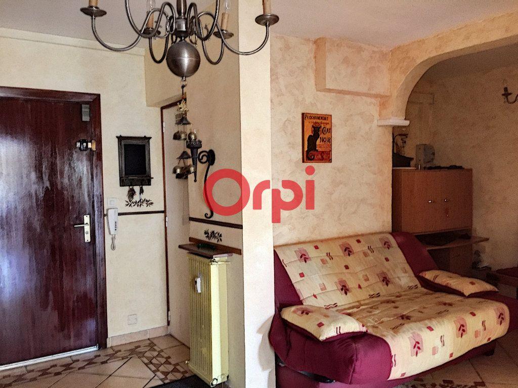 Appartement à vendre 2 72.2m2 à La Seyne-sur-Mer vignette-4