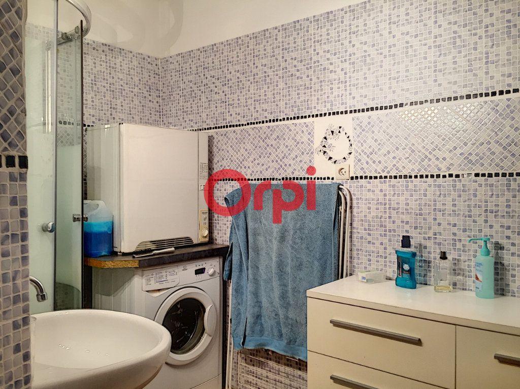 Appartement à vendre 2 72.2m2 à La Seyne-sur-Mer vignette-6