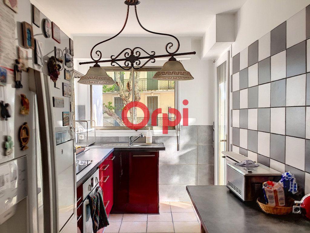 Appartement à vendre 2 72.2m2 à La Seyne-sur-Mer vignette-8