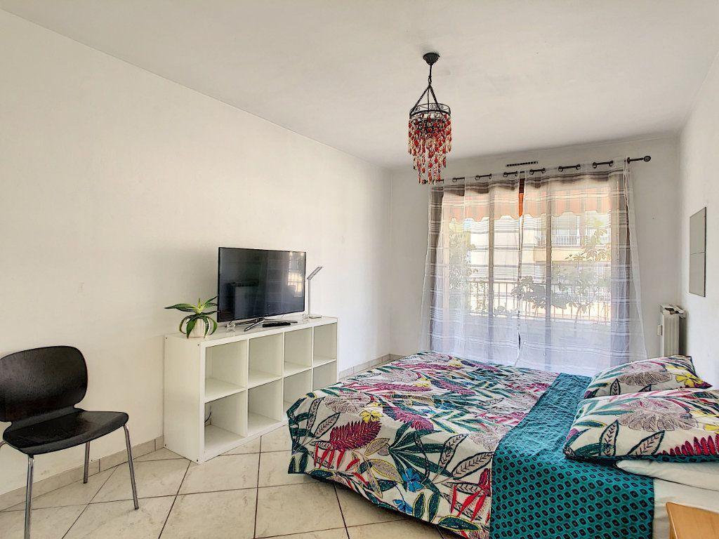 Appartement à vendre 4 82.4m2 à La Seyne-sur-Mer vignette-5