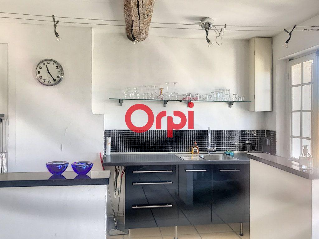 Appartement à vendre 1 51m2 à La Seyne-sur-Mer vignette-4