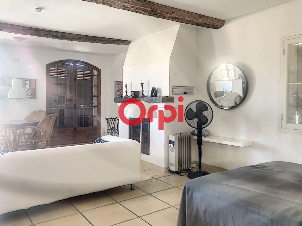 Appartement à vendre 1 51m2 à La Seyne-sur-Mer vignette-8