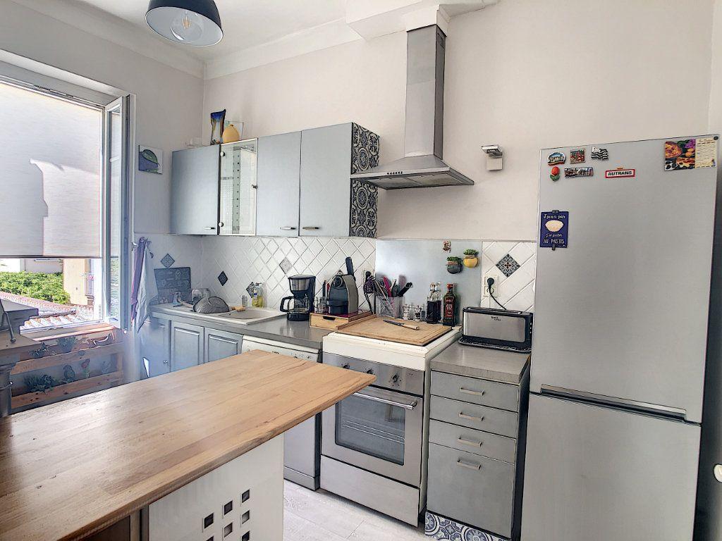 Appartement à vendre 3 60.35m2 à La Seyne-sur-Mer vignette-2