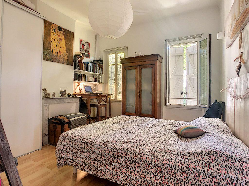 Appartement à vendre 3 60.35m2 à La Seyne-sur-Mer vignette-4