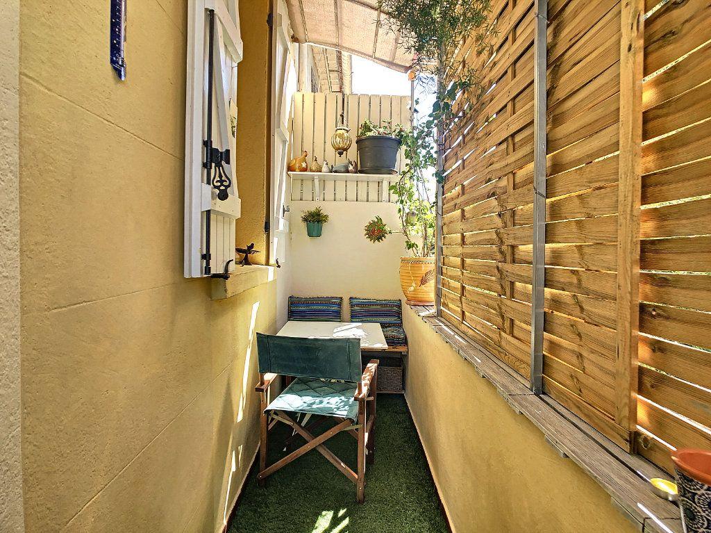 Appartement à vendre 3 60.35m2 à La Seyne-sur-Mer vignette-8