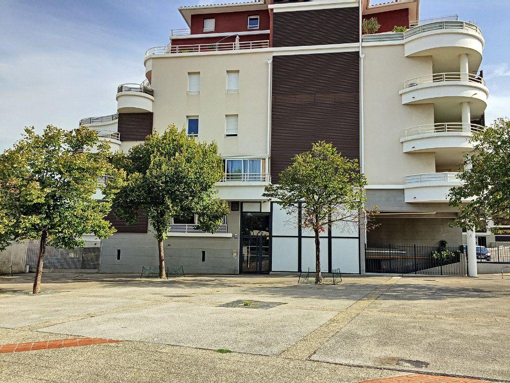 Appartement à vendre 2 38.2m2 à La Seyne-sur-Mer vignette-4
