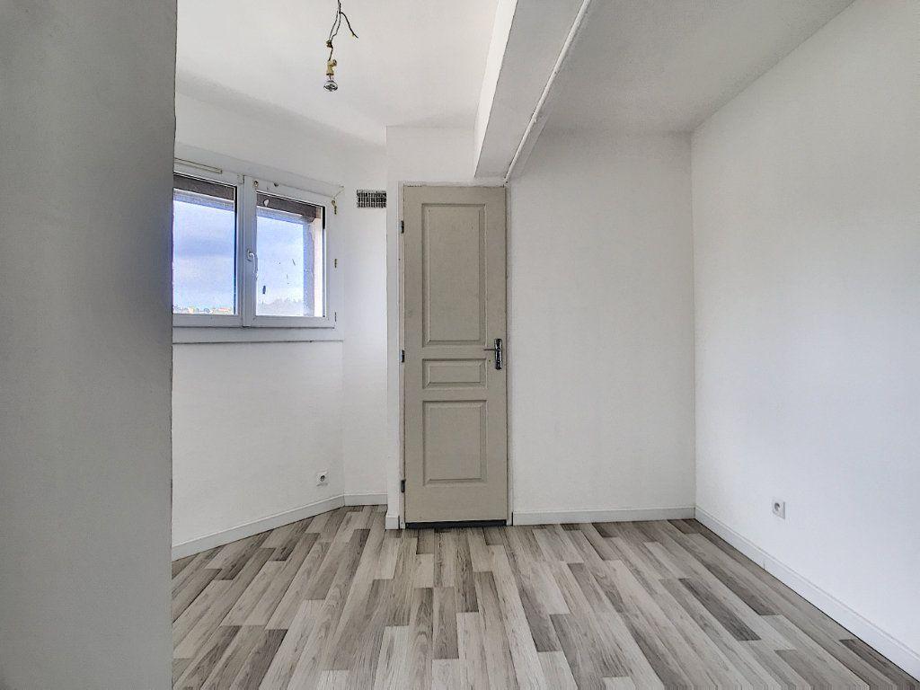 Appartement à vendre 3 60m2 à La Seyne-sur-Mer vignette-8