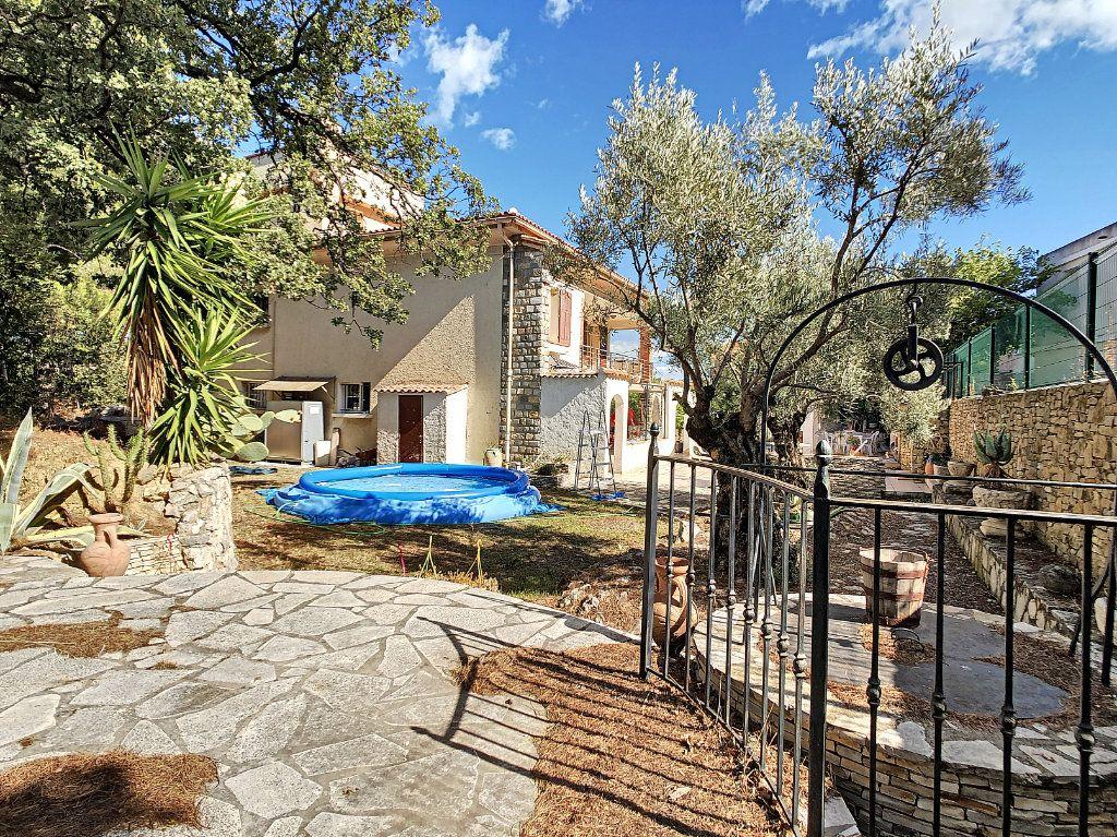 Maison à vendre 6 166m2 à La Seyne-sur-Mer vignette-2