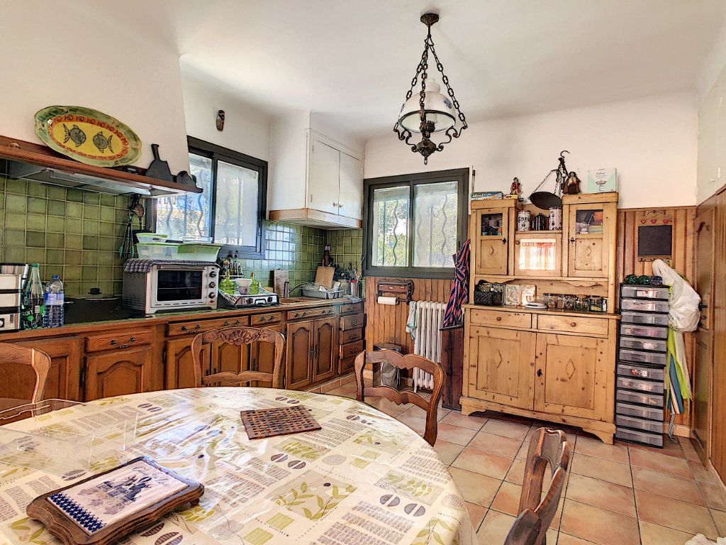 Maison à vendre 6 166m2 à La Seyne-sur-Mer vignette-5