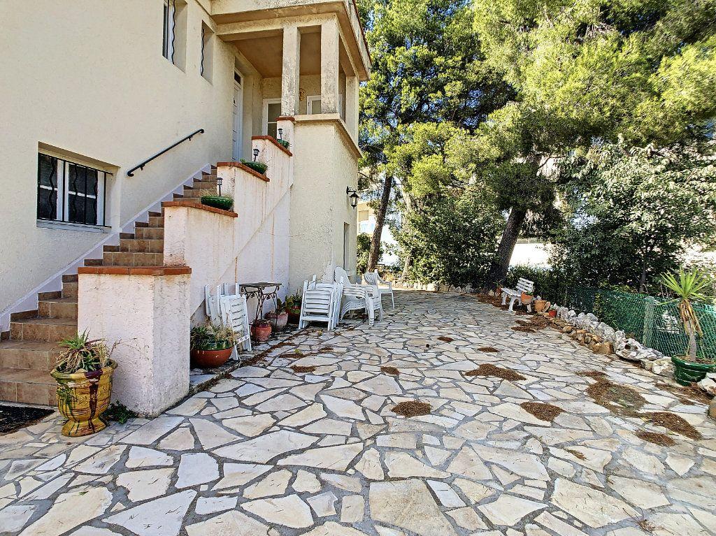 Maison à vendre 6 166m2 à La Seyne-sur-Mer vignette-11