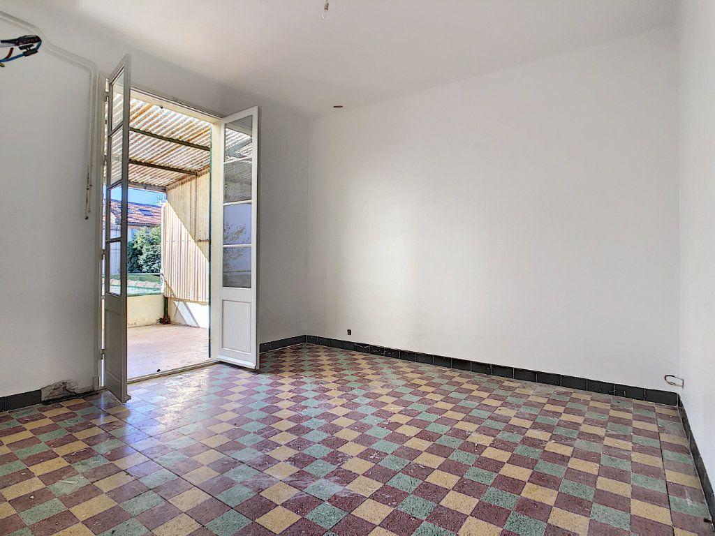 Appartement à vendre 4 76m2 à La Seyne-sur-Mer vignette-2