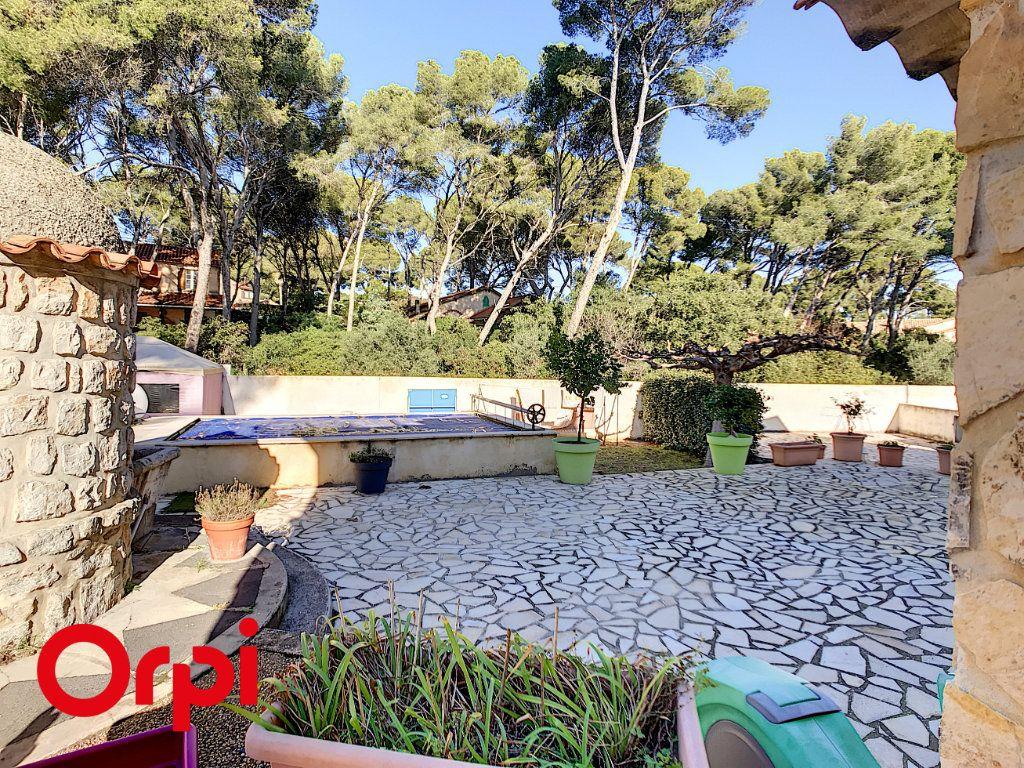 Maison à vendre 9 271m2 à La Seyne-sur-Mer vignette-2