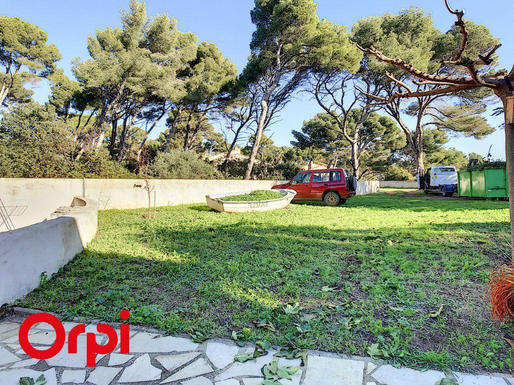 Maison à vendre 9 271m2 à La Seyne-sur-Mer vignette-5