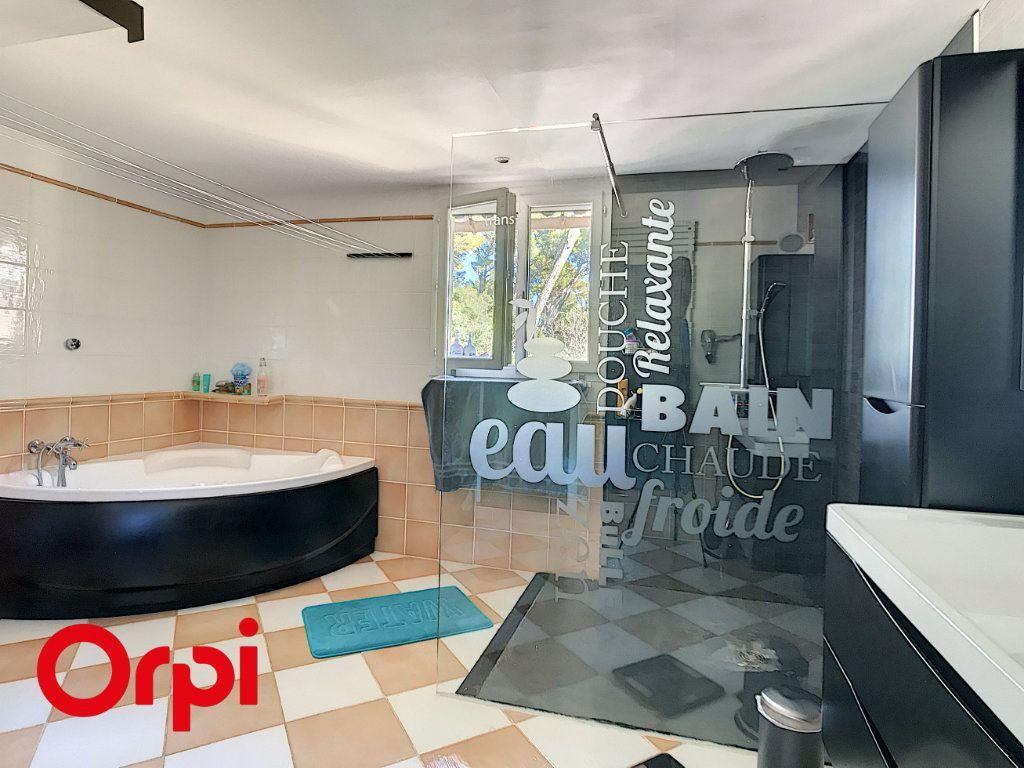 Maison à vendre 9 271m2 à La Seyne-sur-Mer vignette-8