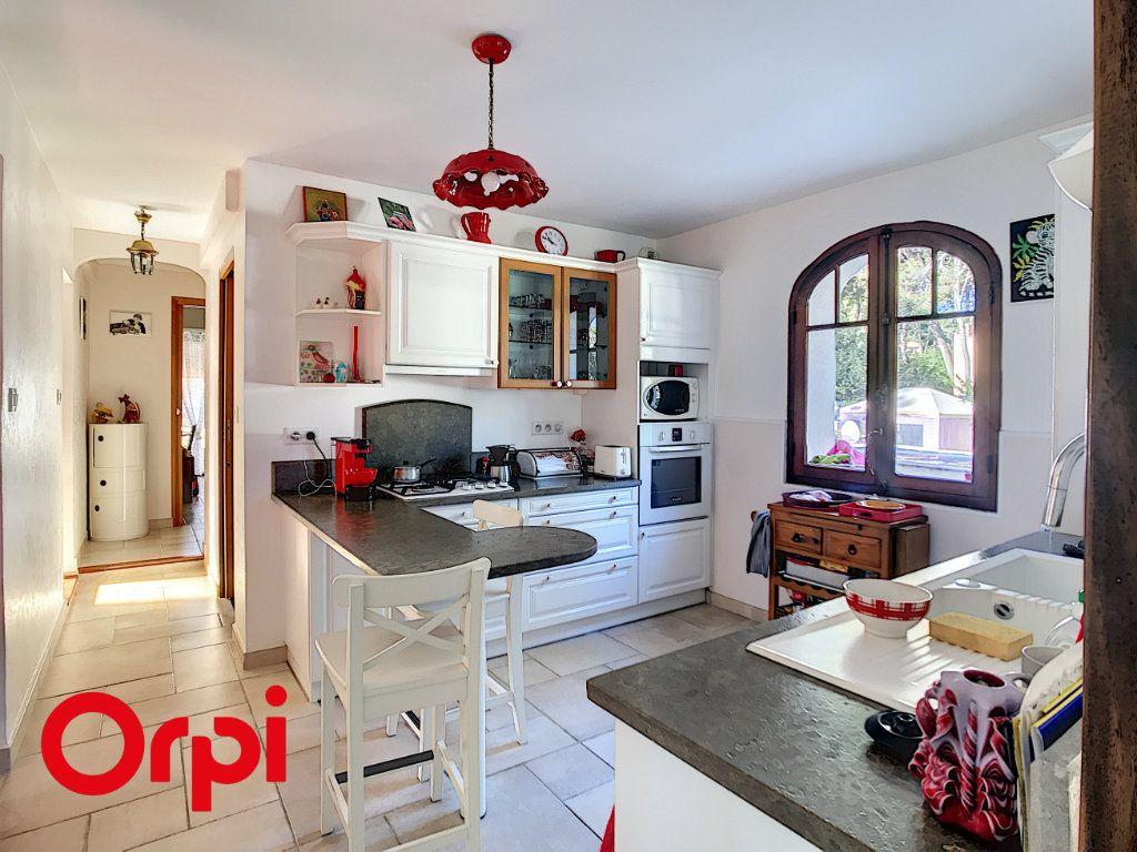 Maison à vendre 9 271m2 à La Seyne-sur-Mer vignette-12