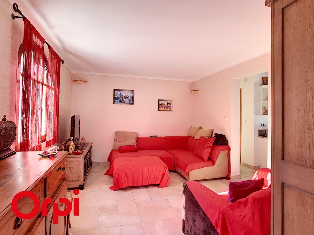 Maison à vendre 9 271m2 à La Seyne-sur-Mer vignette-13