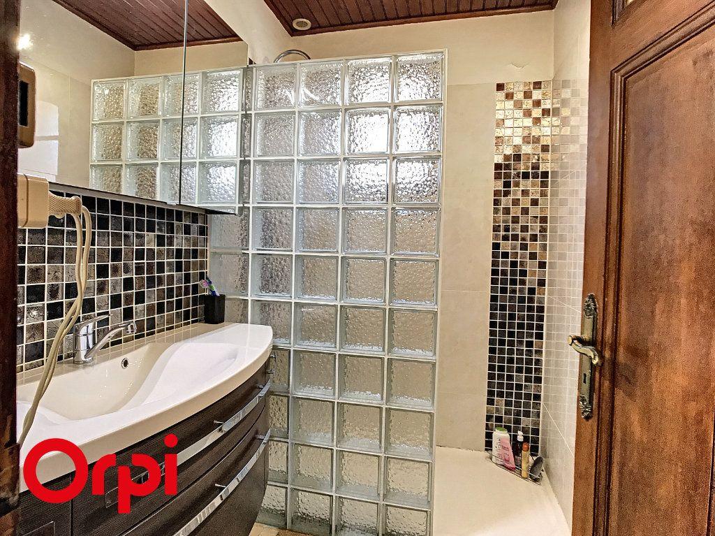 Maison à vendre 9 271m2 à La Seyne-sur-Mer vignette-16