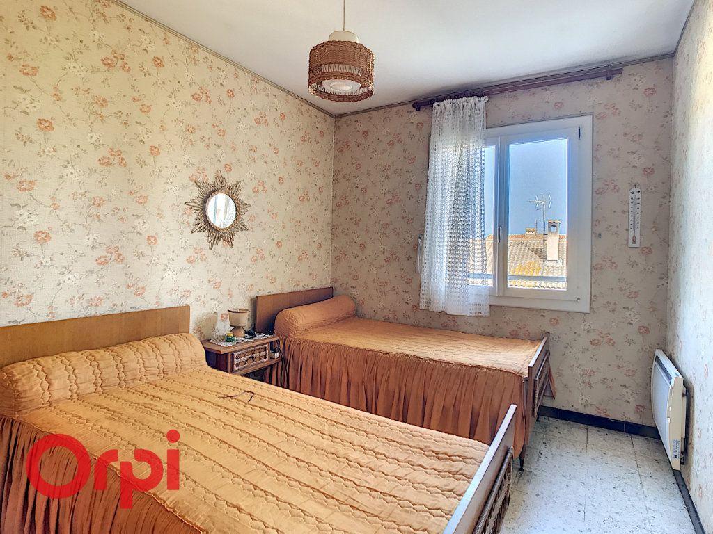 Maison à vendre 4 160m2 à La Seyne-sur-Mer vignette-8