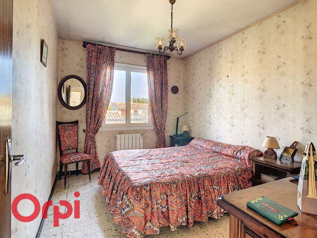 Maison à vendre 4 160m2 à La Seyne-sur-Mer vignette-10