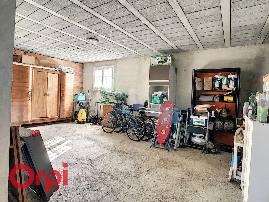 Maison à vendre 4 160m2 à La Seyne-sur-Mer vignette-11
