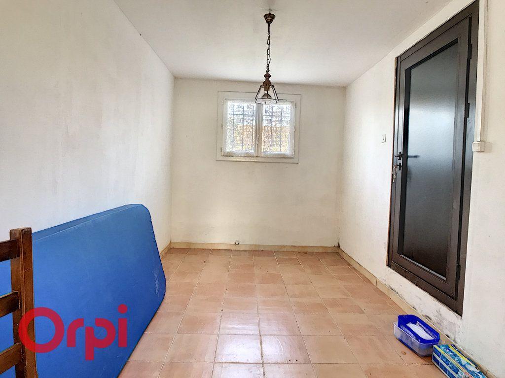Maison à vendre 4 160m2 à La Seyne-sur-Mer vignette-13