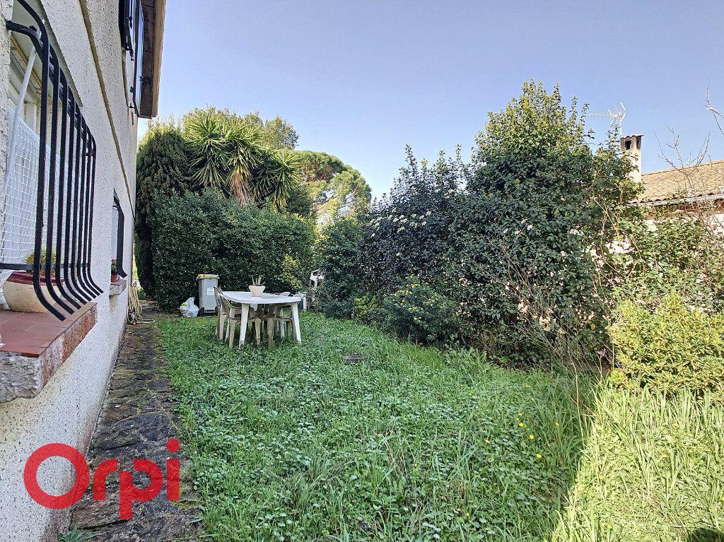 Maison à vendre 4 160m2 à La Seyne-sur-Mer vignette-18