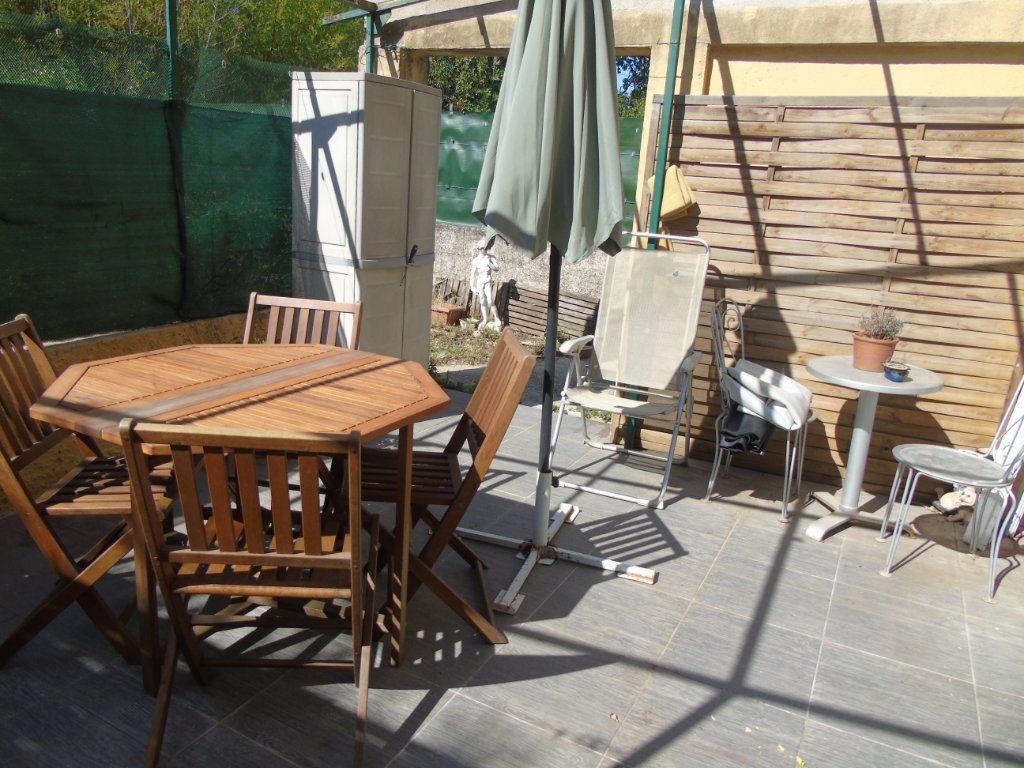 Maison à vendre 4 80m2 à La Seyne-sur-Mer vignette-3