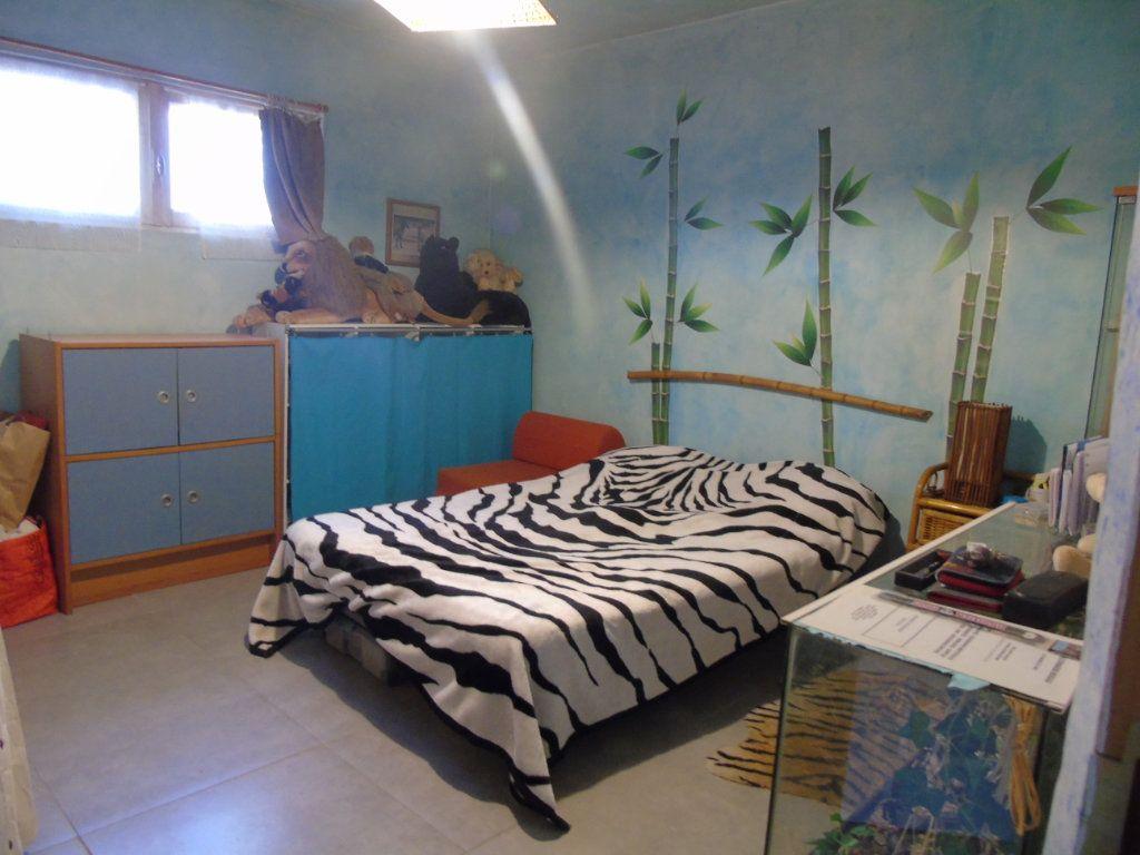 Maison à vendre 4 80m2 à La Seyne-sur-Mer vignette-11